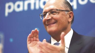 Alckmin depõe na PF em inquérito sobre suposto cartel internacional de trens