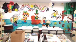 Dupla de grafiteiros de Guarulhos leva cores e arte à escola estadual