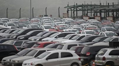 Produção de veículos tem queda de 10% em março