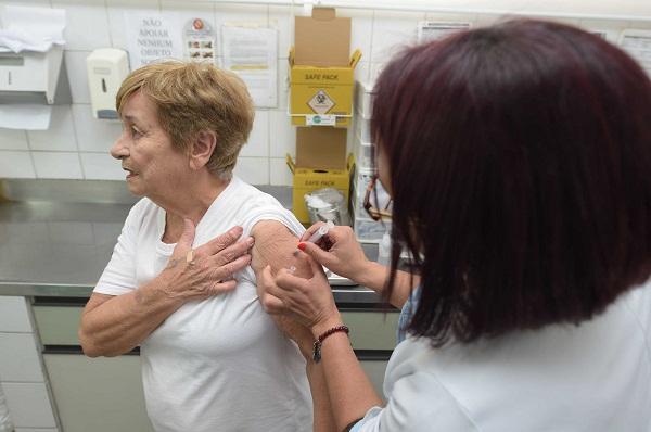 Segunda fase da vacinação contra a gripe começa nesta segunda-feira