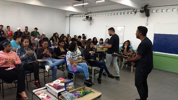 Casa do Jovem na Escola pretende atender sete mil adolescentes