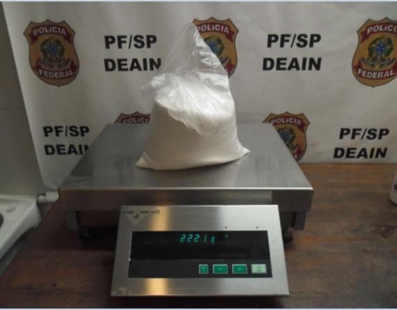 PF apreende sete quilos de cocaína dentro de produtos de higiene pessoal