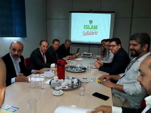 Prefeitura e Fambras firmam parceria em ação comunitária que trará serviços gratuitos à população
