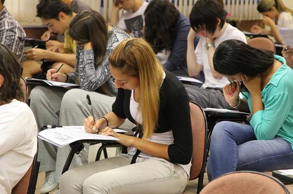 Prefeitura abre inscrições para Educação de Jovens e Adultos