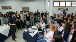 Mais de 200 alunos participam de formatura  dos cursos oferecidos pela prefeitura