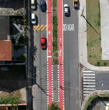 Prefeitura entrega ciclofaixa na Vila Galvão