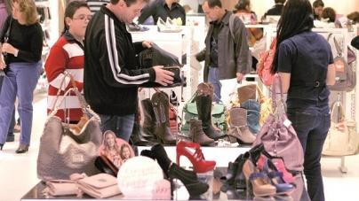 'Dia das Mães' deve movimentar R$ 24 bilhões no varejo; 78% dos consumidores pretendem ir às compras