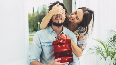 Dia dos namorados deve movimentar R$ 2,3 bilhões no e-commerce