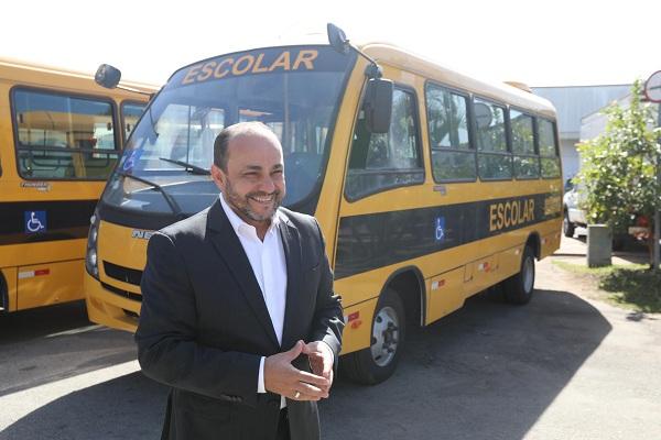 Guarulhos recebe novos ônibus escolares acessíveis para reforçar transporte de alunos