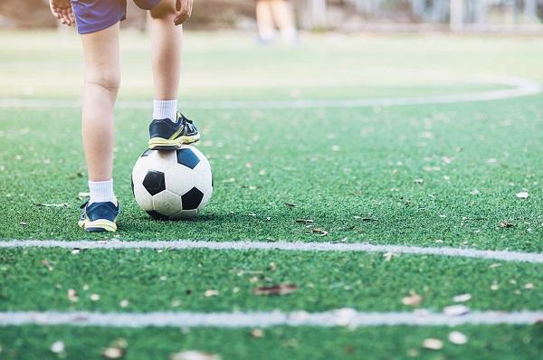 Escolas da prefeitura recebem projeto Futebol de Rua pela Educação