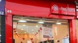 Cheflera Cosméticos Maia comemora um mês de serviços estéticos em Guarulhos
