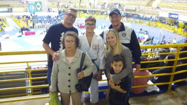 Judoca guarulhense de 12 anos é vice-campeão estadual e sonha em disputar as olimpíadas