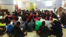 Violência contra a mulher é tema de palestra em escola da prefeitura
