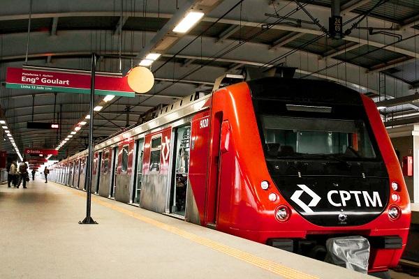 Trem de Guarulhos transportou quase 2,4 milhões de passageiros neste ano