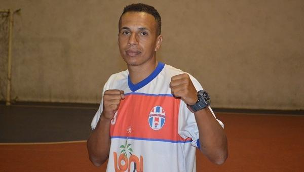 Caio Calmon, boxeador do Guarulhense, terá luta transmitida no SporTV neste domingo