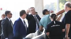 Bolsonaro deve assinar GLO para atuação de Forças Armadas na Amazônia