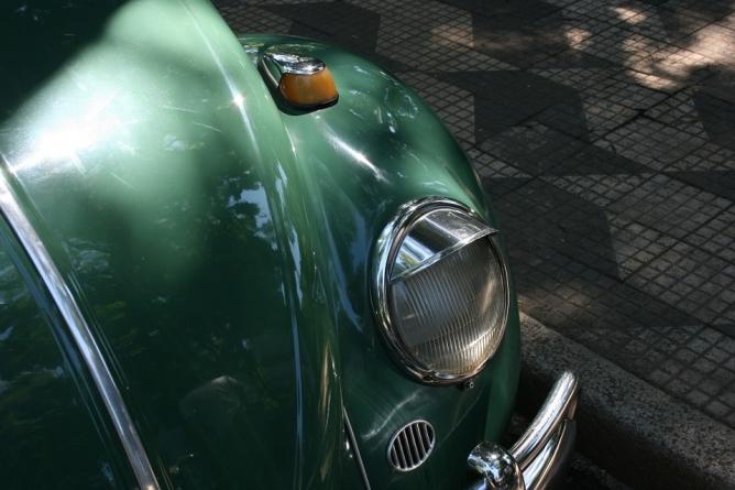 Exposição reúne Opalas, Fuscas e outros carros antigos no Dia dos Pais