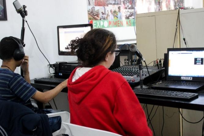 Projeto Com Com Pimentas abre inscrições para curso comunitário de comunicação