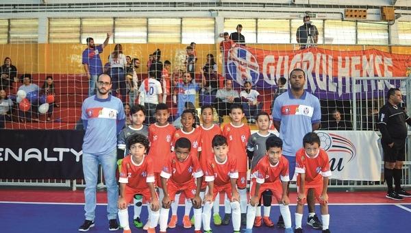 Sub-9 e sub-10 do Guarulhense estão na decisão do Estadual de Futsal